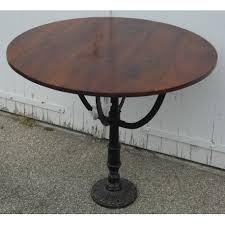 Table de bistrot ronde. sur Moinat SA - Antiquités décoration