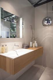 even with an extra large flush set washbasin this vanity still has a