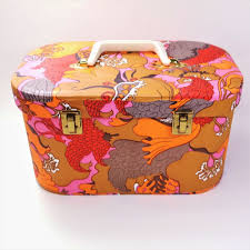 groovy mod art makeup case red orange pink brown carry on bag with handle pin up