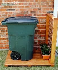 Image Fence Outdoor Garbage Can Storage Should Be Mopping The Floor Should Be Mopping The Floor Outdoor Garbage Can Storage