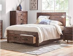 Warner Chestnut King Bed
