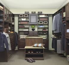 walk in closet essentials
