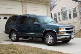 Chevrolet Tahoe 5.7 1997 Review: Specifications and Photos ...