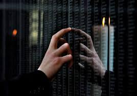 Image result for zalaegerszegen koszorúzás a kommunizmus áldozatainak emléknapján