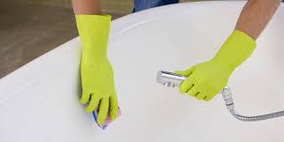 bathtub cleaning