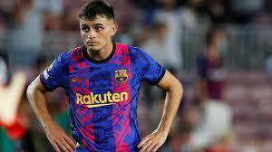 Fußball: FC Barcelona bindet Pedri mit Rekordvertrag - ZDFheute