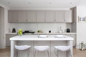 grey kitchen cabinets what colour walls light grey kitchen
