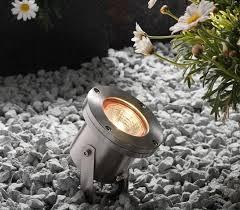 landscape lighting design solar lights