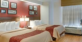 red roof inn new orleans airport double bed room image