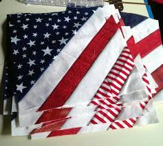 Best 25+ Patriotic quilts ideas on Pinterest | Quilting, Quilt ... & Rate this from 1 to Quilt The Lazy Quilters Quilt - No Measuring Required Free  Patriotic Quilt Pattern Memorial Day and a winner Do you love to quilt, or Adamdwight.com