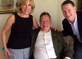 george h w bush groped me during a photo op