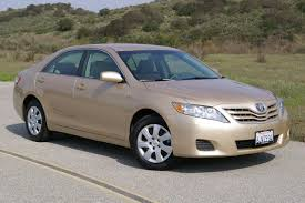 Toyota Camry LE #2681383
