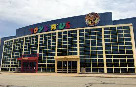 local es r us building sold at auction neighboring toy could be next