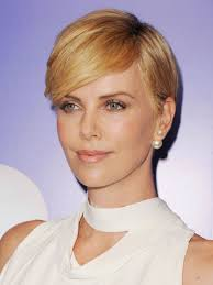 Charlize Theron Short Hair Style 20 women that look out of this world with short hair onedioco 5674 by wearticles.com