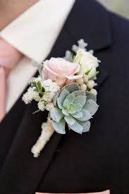 flowers for boutonnieres for weddings best 25 wedding boutonniere ideas on corsage and wedding flower centerpieces