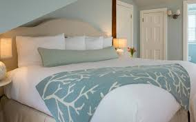 Nantucket Bedroom Furniture Nantucket Bed And Breakfast Walk To The Beach Downtown The Ferry