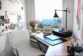 small office decor. Office Decor Ideas. Home Decor. #HomeOffice #HomeOfficeDecor Designed By Chez Vous Small
