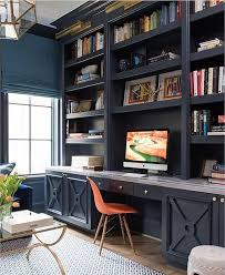 a home office like this would definitely make work days better don t you think beautiful design by ashleygoforth o f f i c e built ins