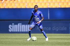Metz enter race for Troyes' Boubakar Kouyate after Frankfort and Schalke