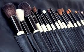 makeup brushes with how to clean makeup brushes with vinegar