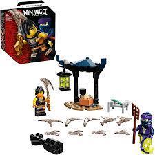 LEGO 71733 NINJAGO Battle Set: Cole vs. Geisterkämpfer, Spielset mit  kreiselndem Actionspielzeug und 2 Ninja-Kämpfer Minifiguren: Amazon.de:  Spielzeug