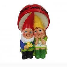 pa gnomes under a mushroom garden