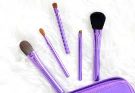 sephora collection here s the skinny brush wrap