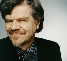 Mauri Antero Numminen (*1940), populär geworden als M. A. Numminen, ist der Tausendsassa des finnischen Showbusiness. Er ist Musiker und Romancier, ... - 41059933
