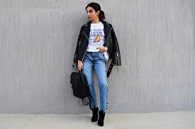 for this first look i chose this gorgeous studded leather jacket from top paired with jeans and an oversized t shirt this look is very street