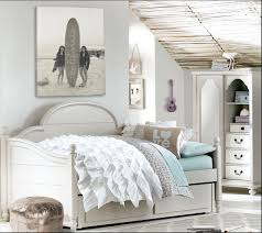 Small Bedroom With Daybed Bedroom Admirable Boy Bedroom With Small Black Daybed Also Wall