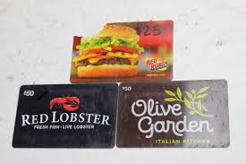 red lobster red robin olive garden gift cards 3 pieces property room
