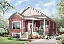 House plan W detail from DrummondHousePlans com    front   ORIGINAL MODEL Affordable bedroom American style bungalow   entrance foyer   Larkspur