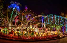 Largo Neighborhood Lights Visit The 12 Best Christmas Lights Displays In Florida For A