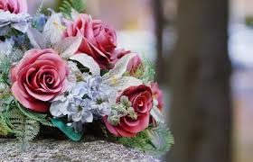 Thank You Note After Funeral To Coworkers 5 Examples Of Thank You Notes For Funeral Flowers Lovetoknow