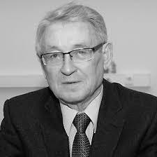 В Москве прощаются с профессором МГУ который умер после совета по  В Москве прощаются с профессором МГУ который умер после совета по диссертации Мединского