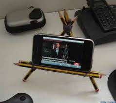 pencil iphone stand strap two pencils together with elastic band to make the horizontal support
