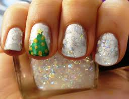 Christmas and Winter Nail Art {Ideas and Inspiration} - A Sparkly ...