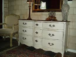 Refinishing Bedroom Furniture Old Furniture Set Repainting Tips O Home Interior Decoration