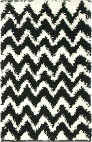 black 1 8 x 2 8 chevron rug area rugs erugs black chevron rug black and