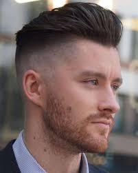 Potongan model gaya rambut pendek memiliki beberapa keunggulan diantaranya adalah simple dan mudah diatur serta modelnya yang long last alias tidak ketinggalan jaman. 12 Gaya Rambut Pria Yang Populer Di 2020 Ada Favoritmu Uss Feed