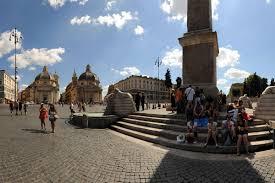 Das historische zentrum der stadt rom besteht aus 22 bezirken, genannt rioni. Die Spanische Treppe Im Beruhmtesten Viertel Roms