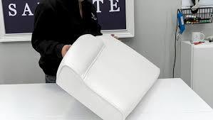 contoured cushion with foam ridge