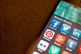 The 7 Best Apps for Social Media Marketing | The Daily MBA