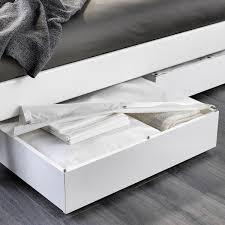 Acquista online il letto singolo summer dotato di un praticissimo sottoletto estraibile con materasso a molle. Vardo Contenitore Sottoletto Bianco 65x70 Cm Ikea It