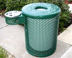 park trash receptacles