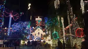 Mission In Lights Mission Inn Riverside Holiday Lights Southern California