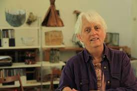 Pat Hickman: A world of visual communication - TextileArtist.org
