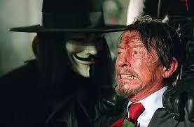 john hurt v for vendetta. Brilliant Hurt V Pour Vendetta  Photo Hugo Weaving John Hurt To For