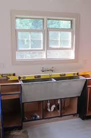 Concrete Sink Diy Concrete Farmhouse Sink Love It Cabin Pinterest Farmhouse