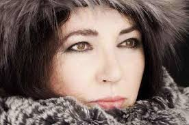 Kate Bush Charts Kate Bush Sets U K Chart Record Billboard